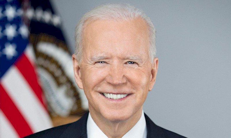 USA, Biden incalza: tassare i ricchi e stop alle armi da fuoco