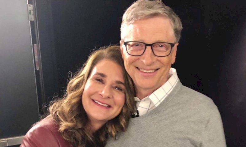 Bill e Melinda Gates, la coppia annuncia il divorzio su Twitter