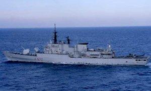 Guardia costiera libica spara contro pescherecci italiani. Ferito il capitano di una delle navi