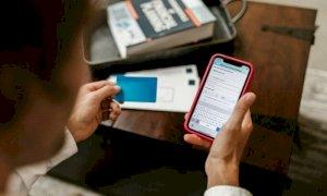 Truffa con sondaggio su Pfizer, rubati soldi e dati personali: come funziona