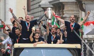 Azzurri, Roma in festa per il ritorno a casa della Nazionale campione d'Europa