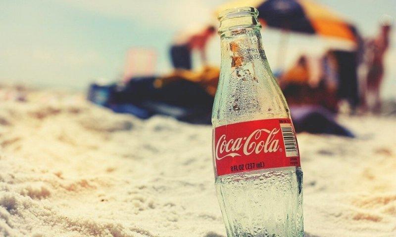 Coca Cola cambia gusto ma si rischia un boomerang, l'ultima volta fu un flop