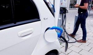Incentivi auto, contributi fino a 10mila euro: quando fare richiesta