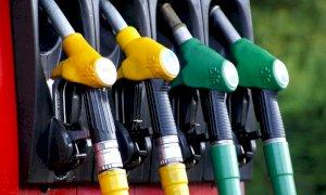 Caro benzina, arriva la stangata d'autunno: prezzo mai così alto dal 2014