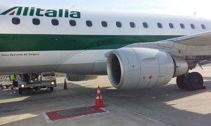 Caos Alitalia, domani sciopero di 24 ore del trasporto aereo: i voli cancellati